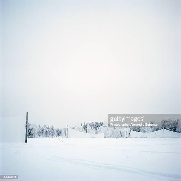 winter golf - wasserform stock-fotos und bilder