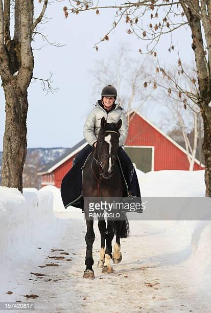 Winter horseback riding, Norway