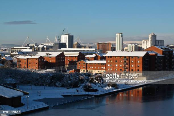 winter in wales - cardiff wales stock pictures, royalty-free photos & images