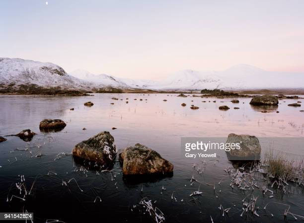 winter landscape in scotland - yeowell stock pictures, royalty-free photos & images