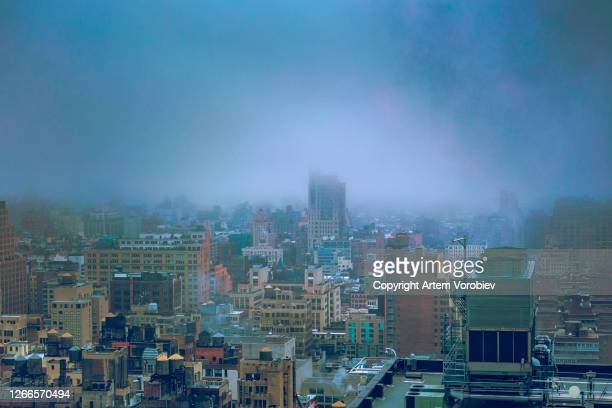 winter manhattan from above - new york city stock pictures, royalty-free photos & images