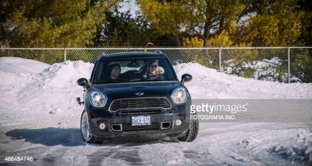 winter mini cooper event - partire bildbanksfoton och bilder
