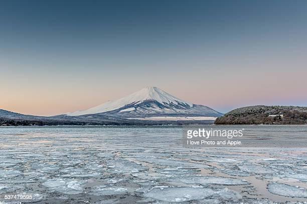 Winter morning Fuji