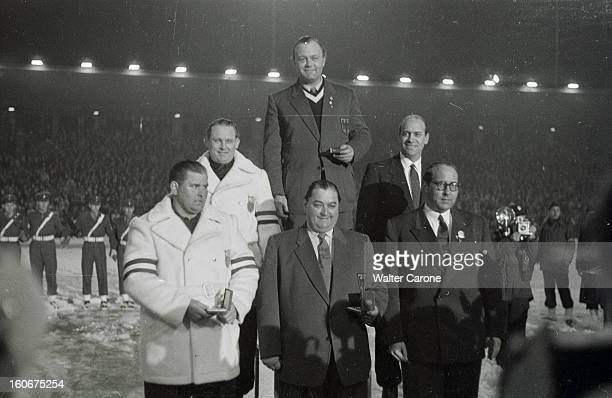 Winter Olympics 1952 Oslo Norway En Norvège à Oslo du 14 au 25 février 1952 lors des Jeux Olympiques d'hiver lors du podium de le compétition de...