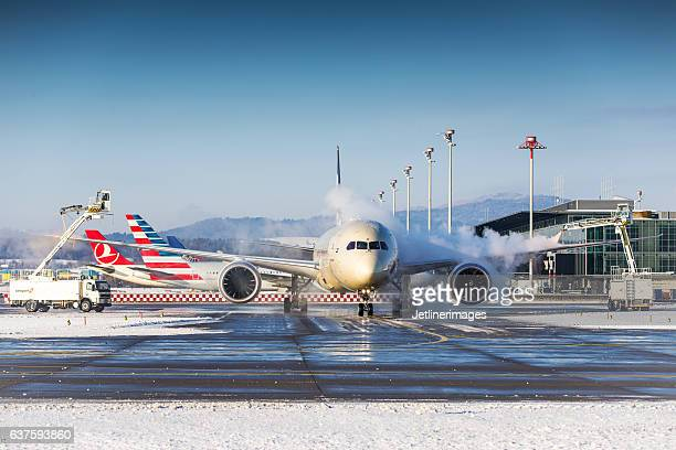 Winter operations at Zurich Airport