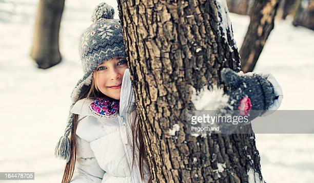 Winter-Porträt von einem kleinen Mädchen