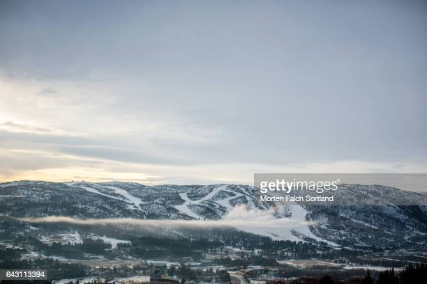 winter scenics - winter sports event stock pictures, royalty-free photos & images