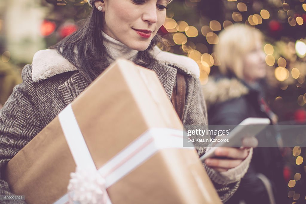 Winter shopping season : Stock Photo