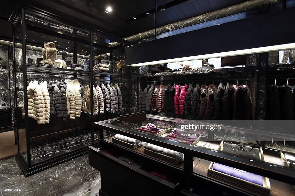 moncler italy store