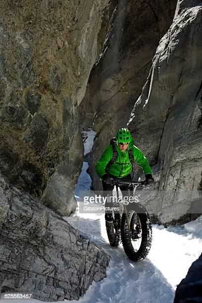 カナダのスノーマウンテンバイク、冬