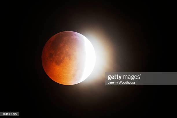 winter solstice moon 2010 - misión espacial fotografías e imágenes de stock