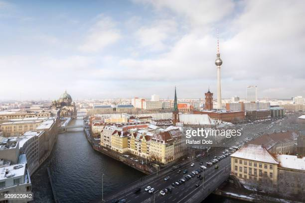 winter view of berlin - central berlin stock pictures, royalty-free photos & images