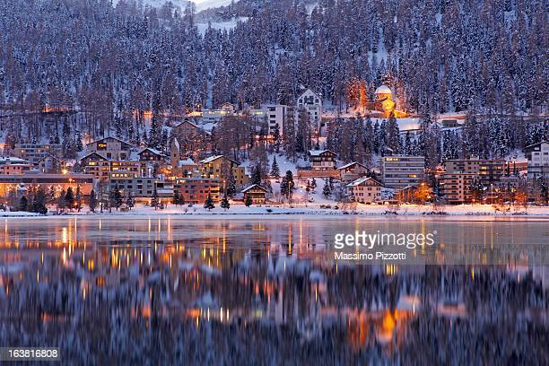 winter view of saint moritz at dusk - saint moritz foto e immagini stock