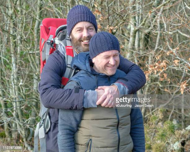 winter walk in the woods - s0ulsurfing stockfoto's en -beelden