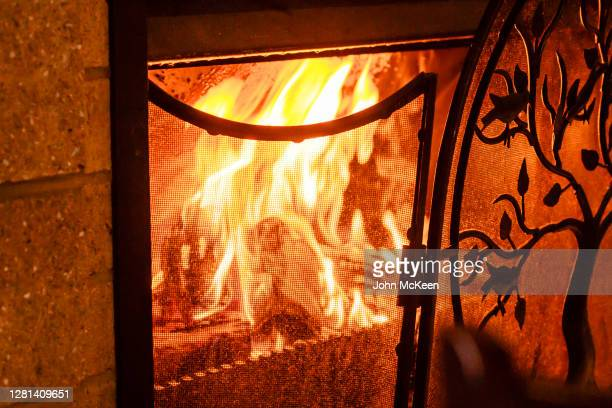 winter warmth - warming up stock pictures, royalty-free photos & images