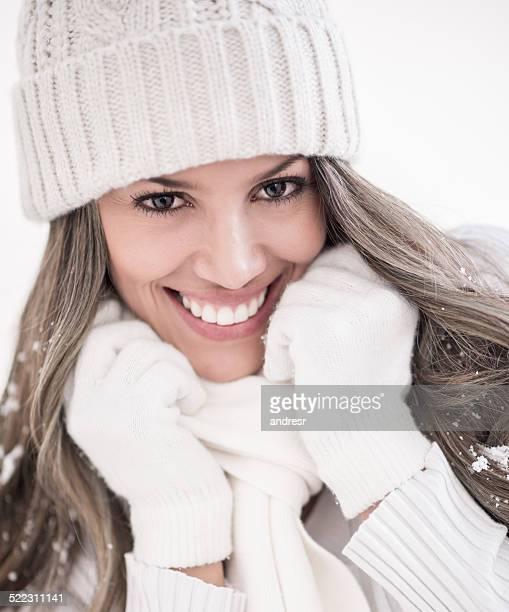 Retrato de invierno de mujer