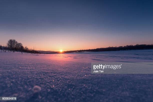 winter wonder land - paisajes de japon fotografías e imágenes de stock