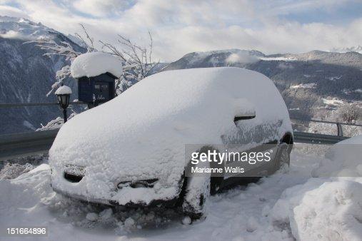 Winter wonderland in Chemin-Dessus, Valais, Switze