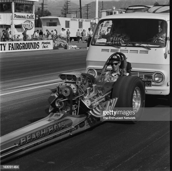 "Pomona. ""Beach Boys"" AA/Fuel Dragster"