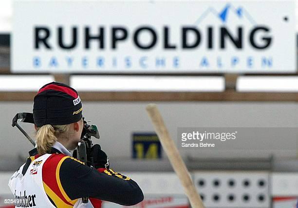 Wintersport / Biathlon Weltcup 03/04 Ruhpolding Frauen / Sprint Katrin APEL / GER 160104