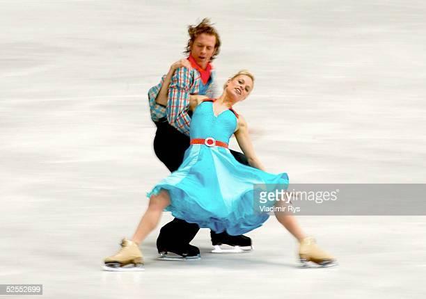 Wintersport / Eiskunstlauf WM 2004 Dortmund Originaltanz Eistanz Kati WINKLER Rene LOHSE / GER 250304