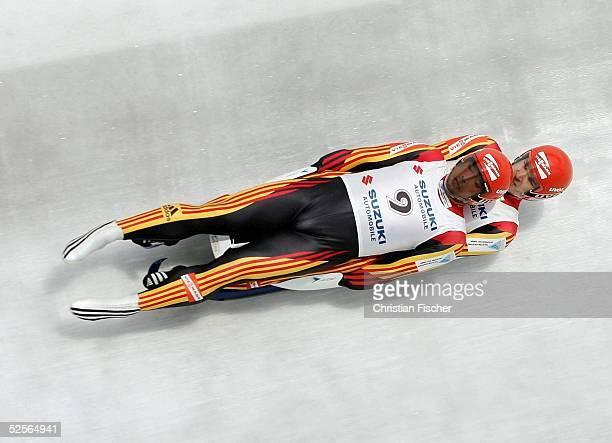 Wintersport / Rodeln: WC 04/05, Oberhof; Teamwettkampf; Sebastian SCHMIDTund Andre FORKER / GER 01.01.05.