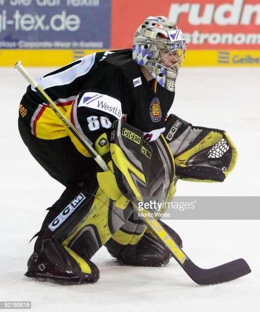 Wintersport/Eishockey Laenderspiel 2005 Krefeld 090205Deutschland Kanada Torwart Robert MUELLER/GER