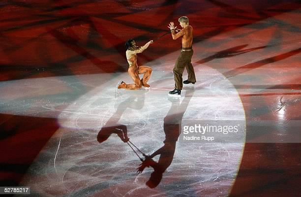 Wintersport/Eiskunstlauf EM 2005 Turin 300105SchaulaufenIsabelle DELOBEL Olivier SCHOENFELDER/FRA