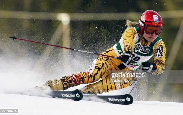 Wintersport/Ski Alpin WM 2005 Santa Caterina 080205Riesenslalom/FrauenBrigitte ACTON/CAN
