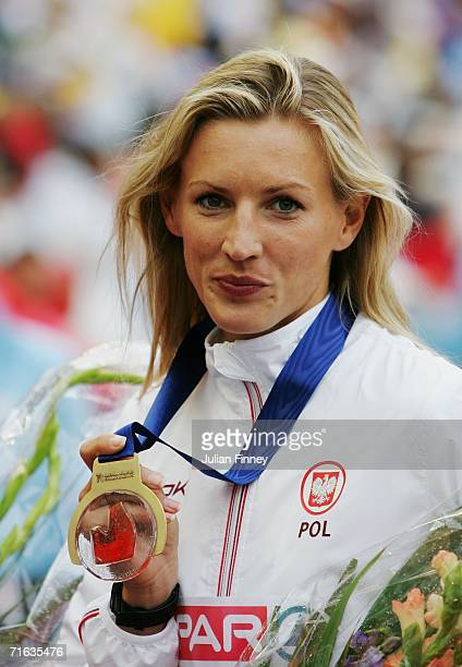 Wioletta Janowska of Poland poses with her bronze medal during the medal presentation for the Women's 3000 Metres Steeplechase on day six of the 19th...