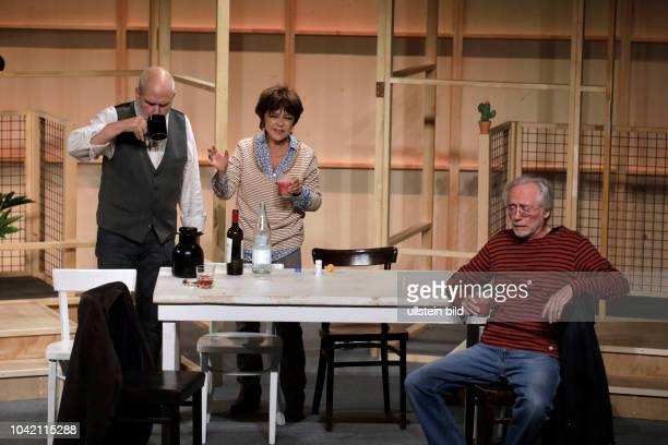 Wir sind die Neuen Komödie von Komödie von Ralf Westhoff gastiert vom 07 September bis 19 November 2017 im Theater am Dom in Köln Simone Rethel...