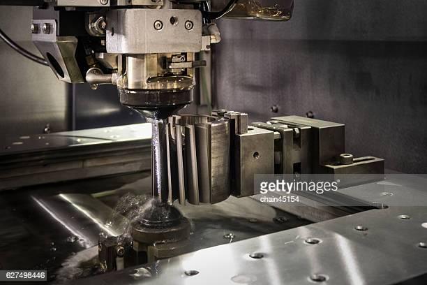 wire cut machine cutting