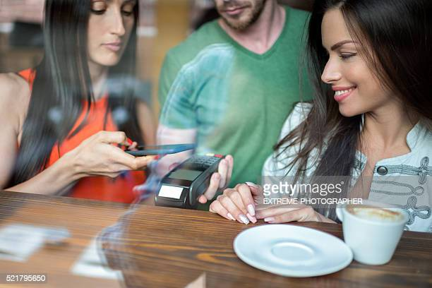 Wireless payment with mobile phone