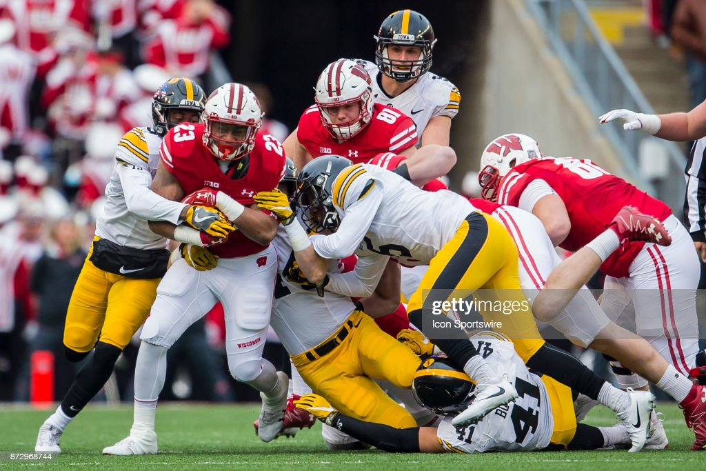 COLLEGE FOOTBALL: NOV 11 Iowa at Wisconsin : News Photo