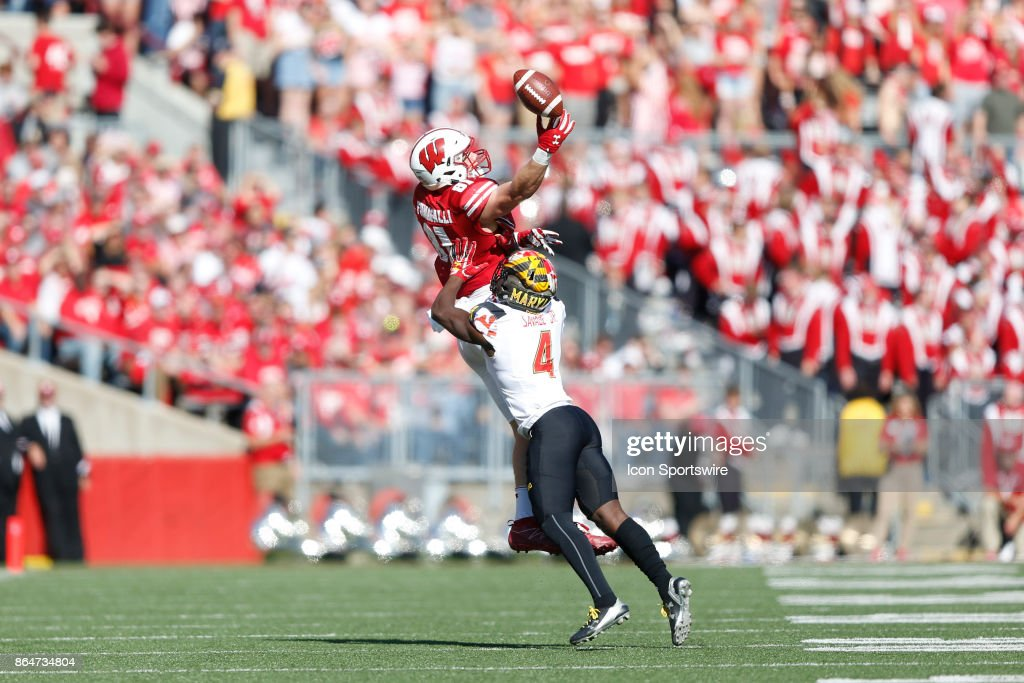 COLLEGE FOOTBALL: OCT 21 Maryland at Wisconsin : News Photo