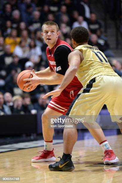 Wisconsin Badgers guard BradDavison looks for a passing outlet during the Big Ten conference college basketball game between the Wisconsin Badgers...