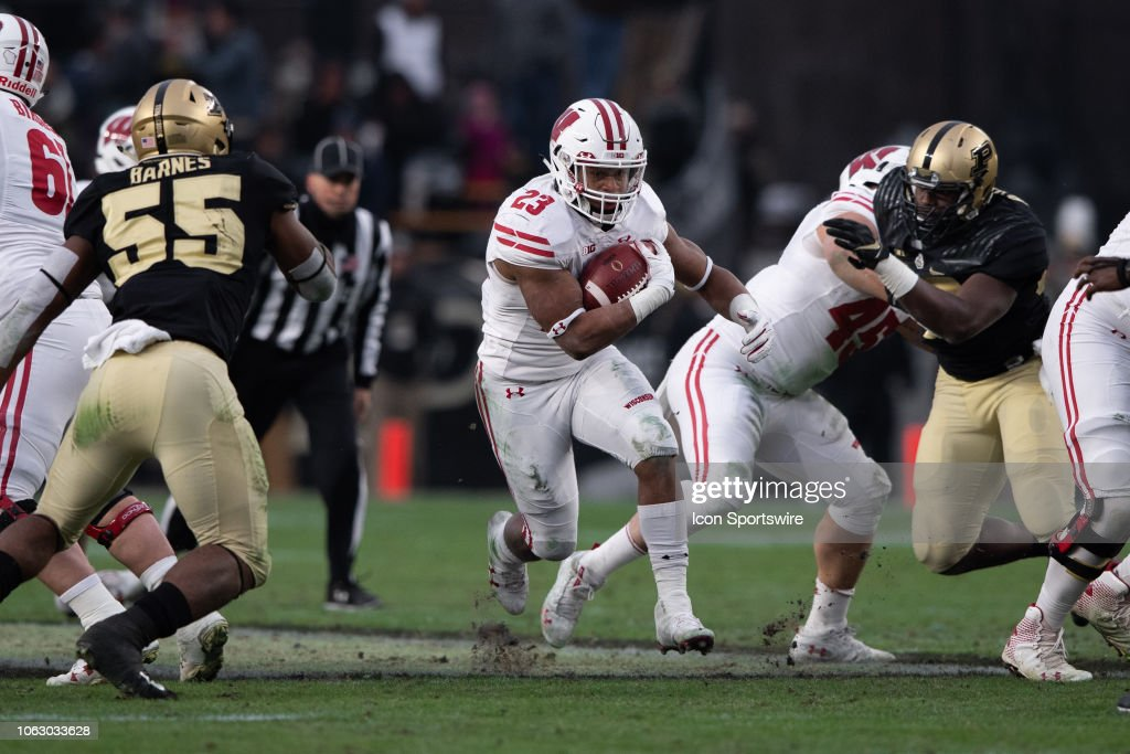 COLLEGE FOOTBALL: NOV 17 Wisconsin at Purdue : News Photo