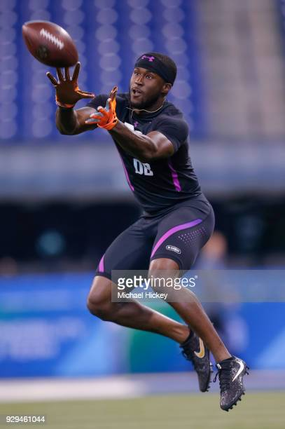Wisconsin defensive back Natrell Jamerson participates in a drill during the NFL Scouting Combine at Lucas Oil Stadium on March 5 2018 in...