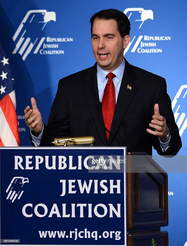 NJ Gov. Chris Christie Speaks At Republican Jewish Coalition Leadership Meeting In Vegas : News Photo