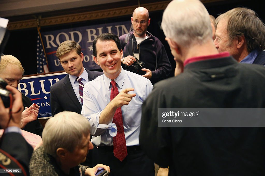 Scott Walker Attends Rally With IA Rep Rod Bloom In Cedar Rapids