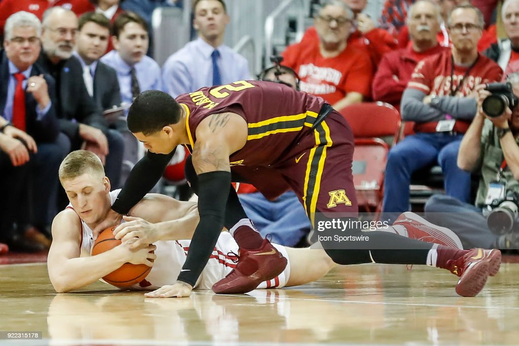 COLLEGE BASKETBALL: FEB 19 Minnesota at Wisconsin : Nachrichtenfoto