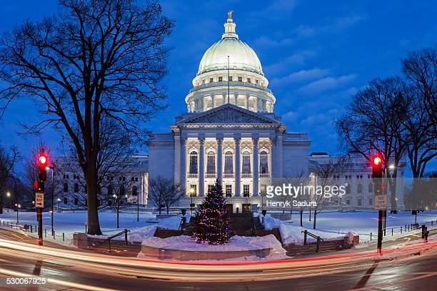 usa, wisconsin, madison, illuminated state capitol building - madison wisconsin stock pictures, royalty-free photos & images