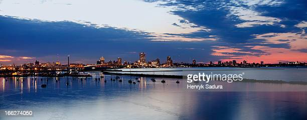 USA, Wisconsin, Milwaukee, City skyline at dusk