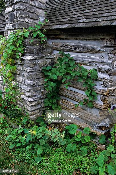 USA Wisconsin Near Sturgeon Bay Door County Fish Creek Village Scene Old Cabin Detail