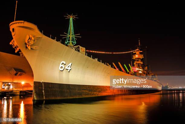 uss wisconsin (bb-64) - staadts,_wisconsin stock pictures, royalty-free photos & images