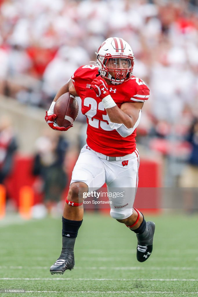 COLLEGE FOOTBALL: SEP 21 Michigan at Wisconsin : News Photo