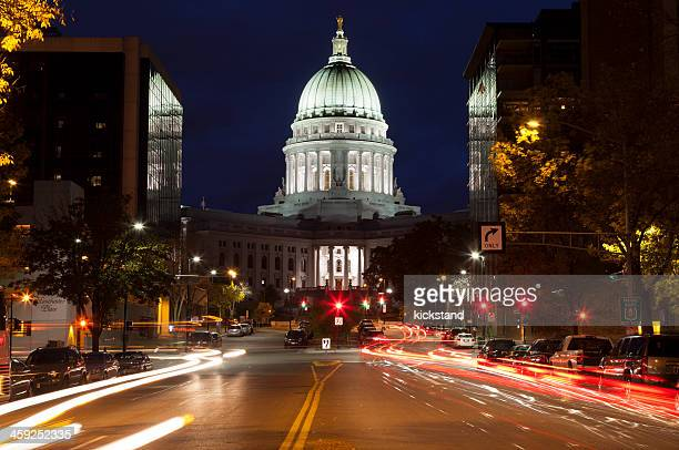 wisconsin state capitol building - madison wisconsin stock pictures, royalty-free photos & images