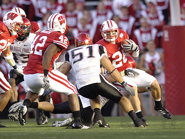 Wisconsins Zach Hampton During The Game Between Wisconsin Badgers And San Diego State Aztecs