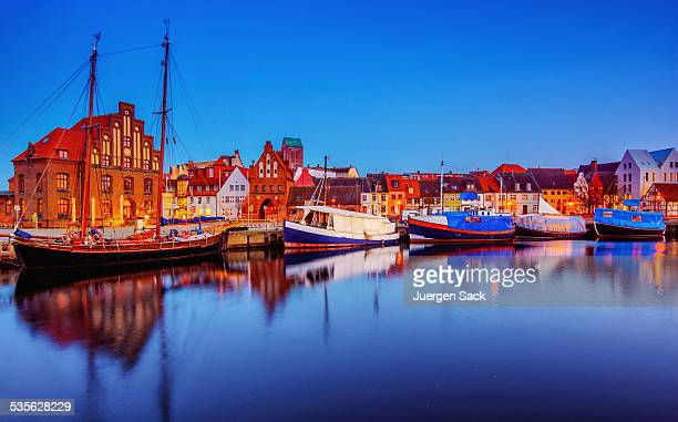 wismar - alter hafen (old harbour) - north stock pictures, royalty-free photos & images