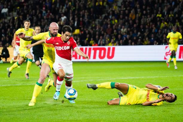 Championnat de France de football LIGUE 1 2018-2019-2020 - Page 30 Wissam-ben-yedder-of-monaco-and-fabio-of-nantes-leave-the-pitch-the-picture-id1178143443?k=6&m=1178143443&s=612x612&w=0&h=KvQgA9MZtwFdeokTbE0zYwhDmuRcLShlKz3MKjzple8=
